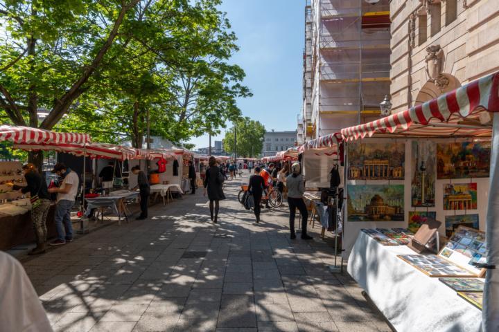 Kunstmarkt auf der Berliner Museumsinsel