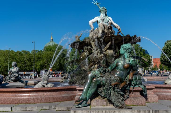 Der Neptunbrunnen am Alexanderplatz