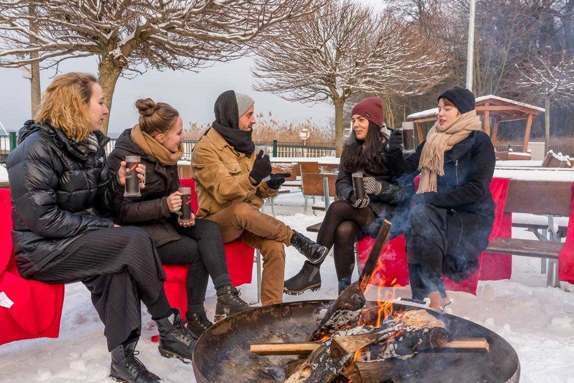 Am Lagerfeuer in Berlin Köpenick mit köstlichem Glühwein
